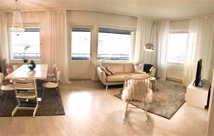 3 bedroom apartment with sauna, balcony and gym
