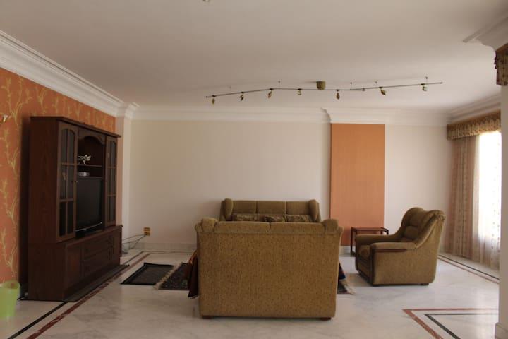 Corniche El Nile, Maadi apartment