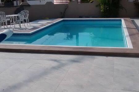 Casa duplex para temporada no Condominio Araua - Loteamento Popular Vera Cruz - Ház