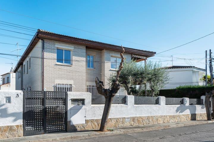 Lujoso apartamento con terraza privada en Cambrils