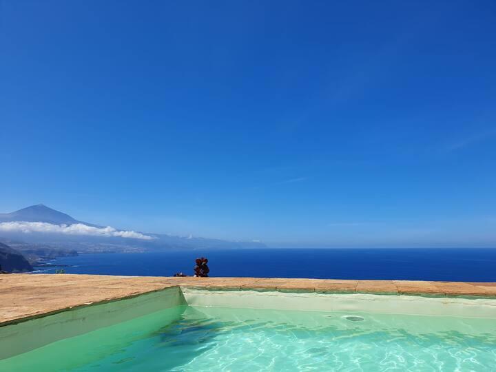 Hermosa Villa con Piscina