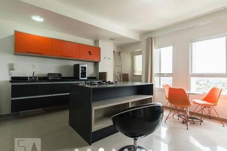 Apartamento em Alphaville, ideal para executivos.