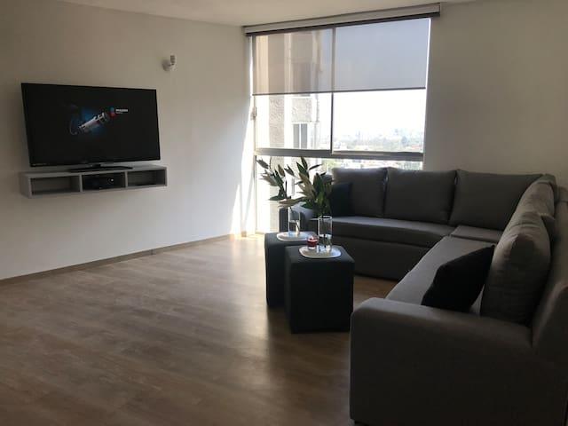 Suite Matrimonial/BañoPrivadoConTina/Equipada