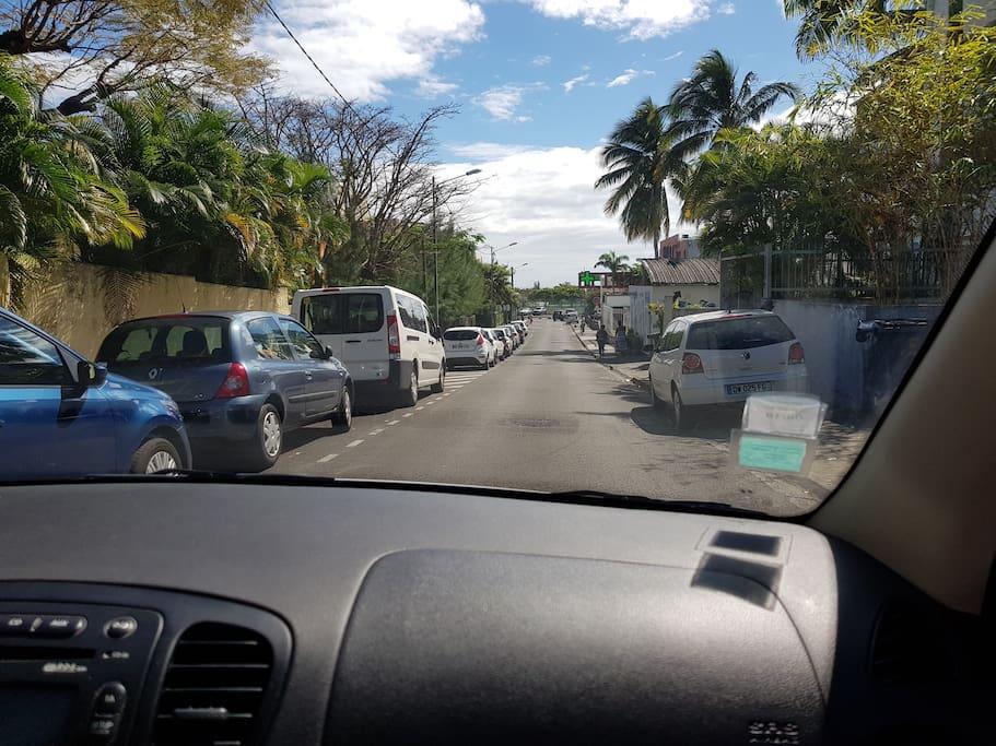 Vue de la rue des goyaves