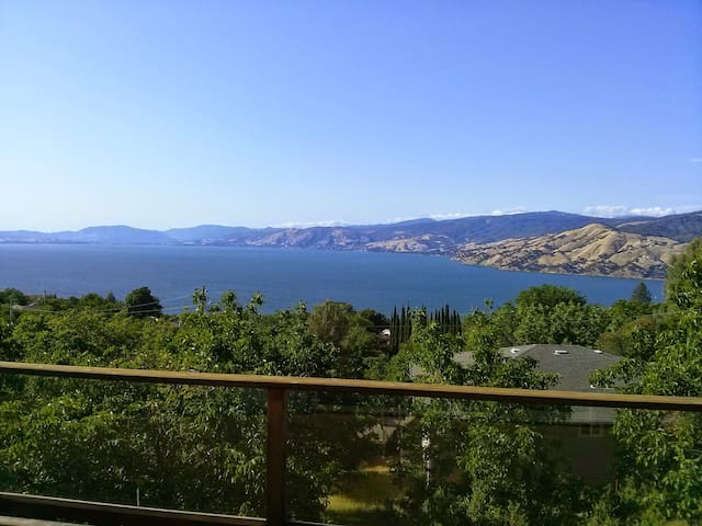 Beautiful Lake House with best view - Kelseyville - Hus