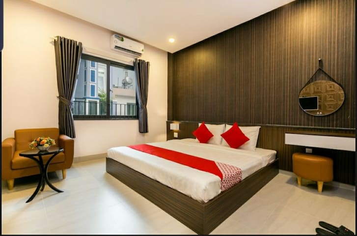 Kha Thy Hotel - Superior room 1 with kingsize bed