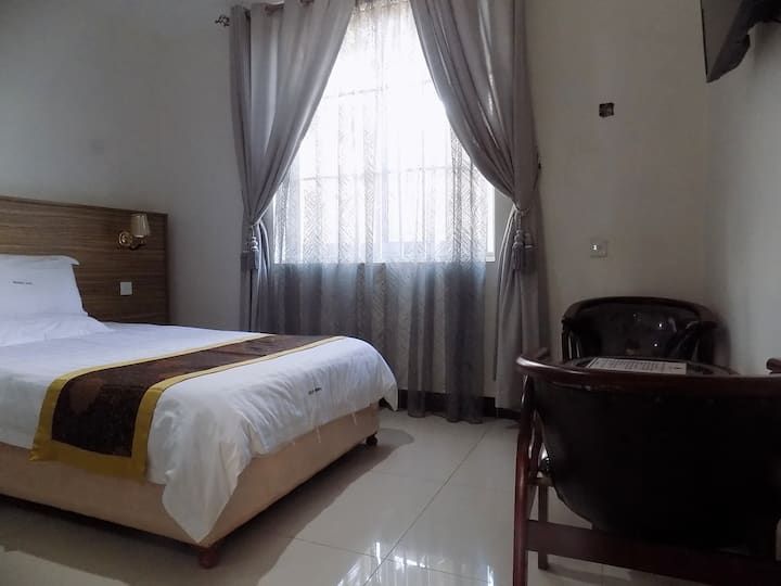 Remmings Hotel,kampala