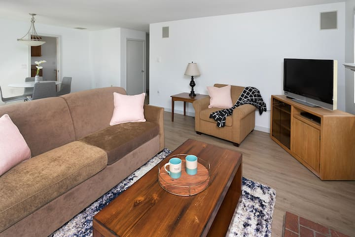 Two Bedroom Suite in Cannon Beach