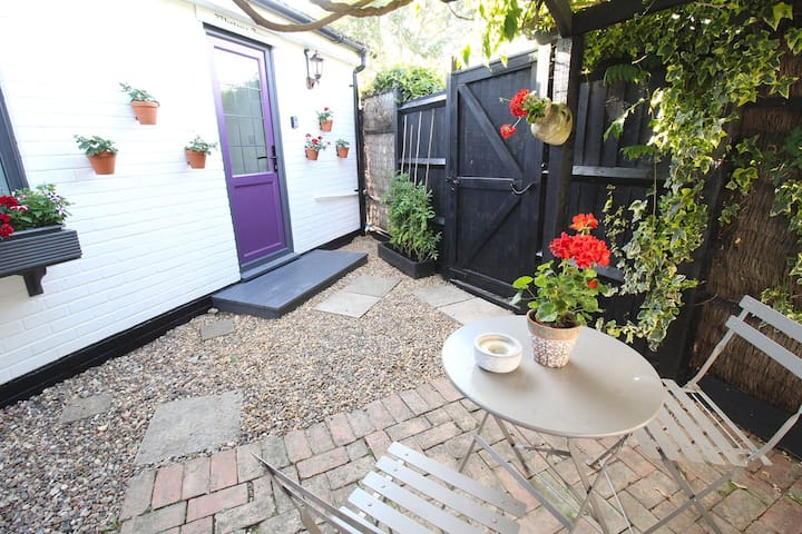 Cosy Annex in Mistley, Essex