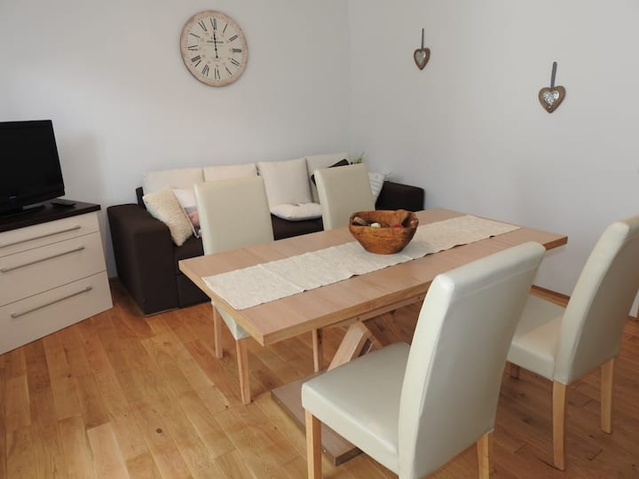 TOMAS - modern apartment for 4/6 pax