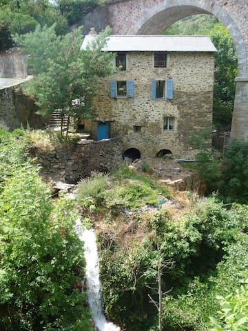 Le moulin (the mill) - Serdinya - Huis