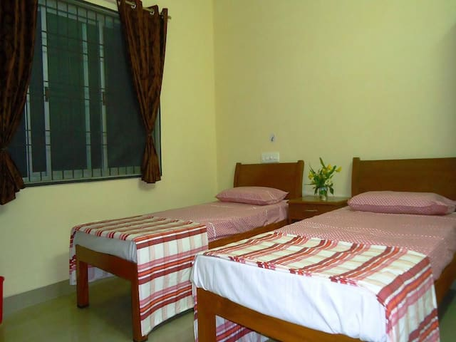 Non-AC home stay near Pondicherry