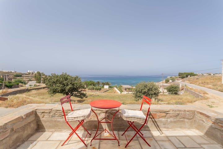 Villa Bianca Tzia few steps from the beach