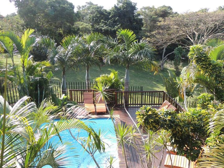 Elephant Coast Guesthouse Queen Room H