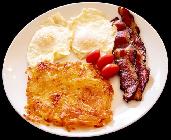 Bacon, eggs, and hashbrowns are just one of the many made to order items on our menu.