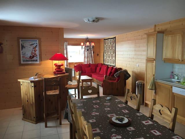 Bel appartement au coeur d'une station familiale - Le Grand-Bornand - Condominio