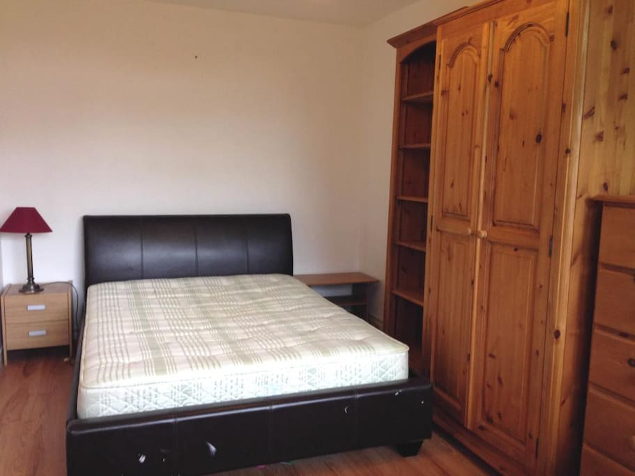 Double bed very very comfortable bedding included and pillows.