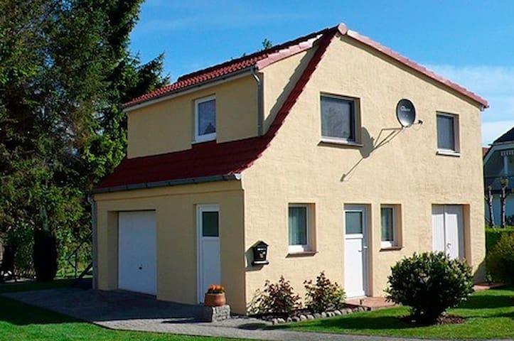 sch ler wolfgang 21713 wohnungen zur miete in zingst mecklenburg vorpommern deutschland. Black Bedroom Furniture Sets. Home Design Ideas