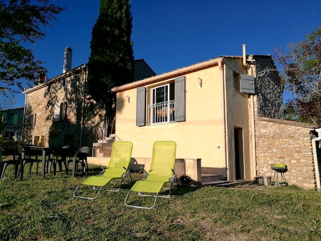 Agréable maisonnette Drôme Provençale-Mont-Ventoux