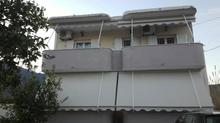 Stavriella's apartments close to Nydri center.