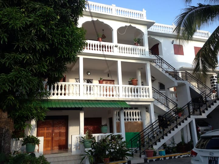 Grand appartement meublé à Anjouan - COMORES