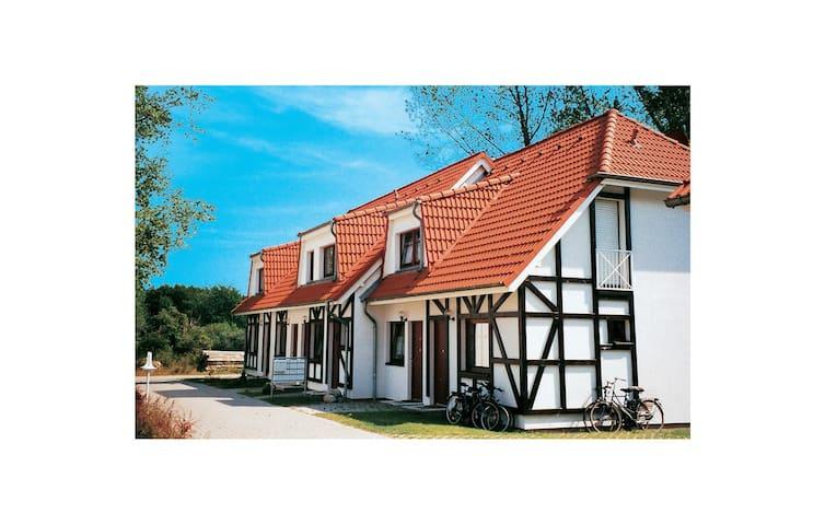 Holiday apartment with 1 bedroom on 48 m² in Gustow