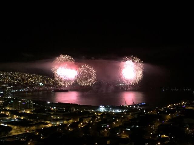 EXCELENTE VISTA A LA BAHIA, VALPARAÍSO, Nuevo
