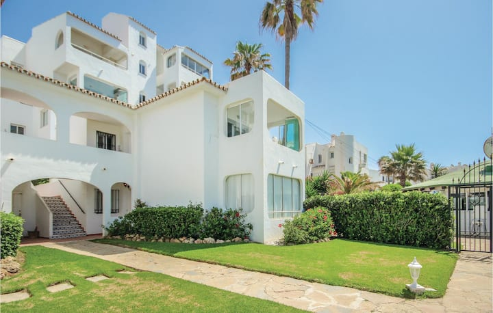 Nice home in Riviera del Sol with 2 Bedrooms