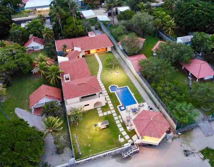 El Tamarindo, El Salvador con todos los lujos!