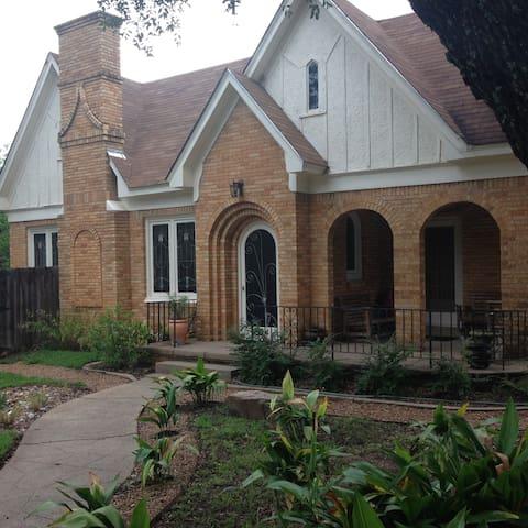 Cottage Style/Urban Farm