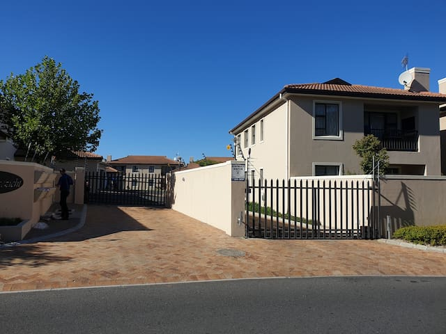 Upmarket suburb close to wine farms with city view