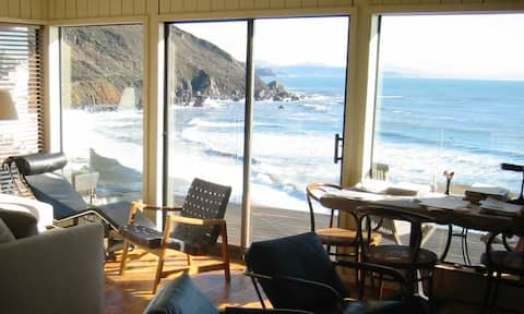 Ocean Front Beach Cottage with Hot Tub & Fireplace