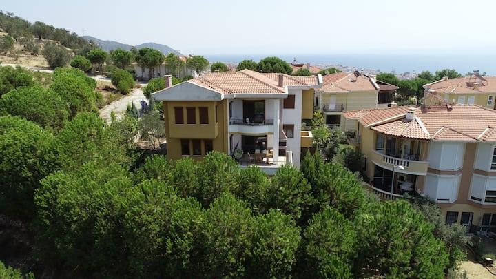 Luxury villa in the Heart of Nature-ALTINOLUK