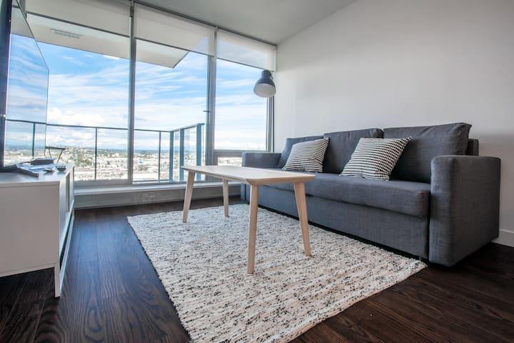 1 Bedroom Apartment with Open View Sleeps 2-4