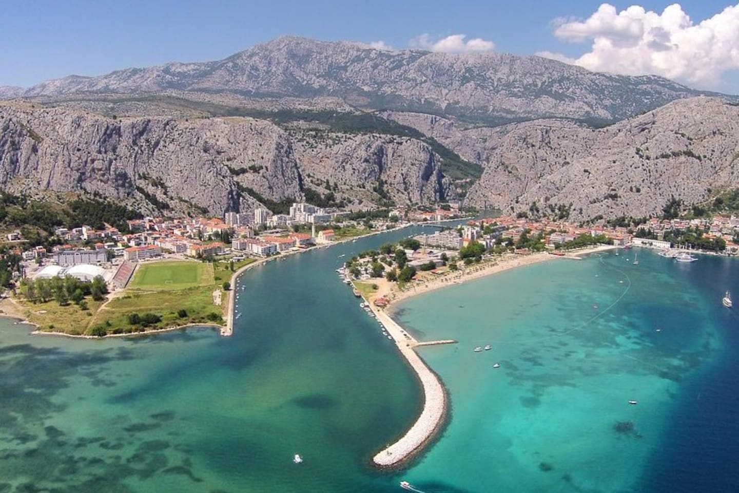 OMIŠ, BEAUTIFUL TOWN FOR SUMMER HOLIDAYS