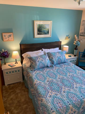 The Turquoise Bedroom