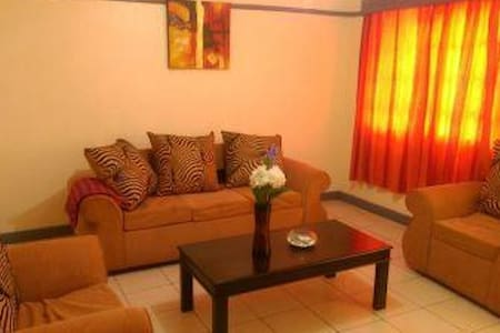 Nairobi Homes(FREE airport pick up) - Nairobi