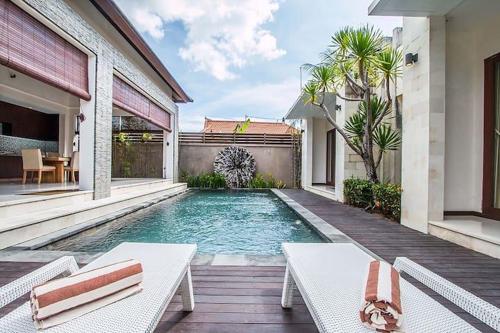Villa Krishna Canggu with Private Pool