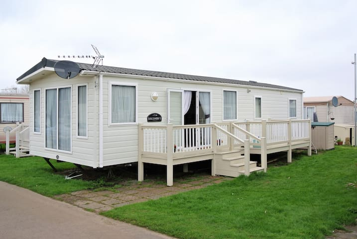 Holiday Park Home in Minster, nr Sheerness Kent