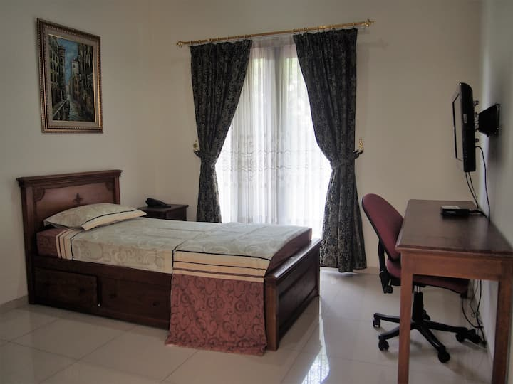 Blok M Private Room for Short and Long Term Stay