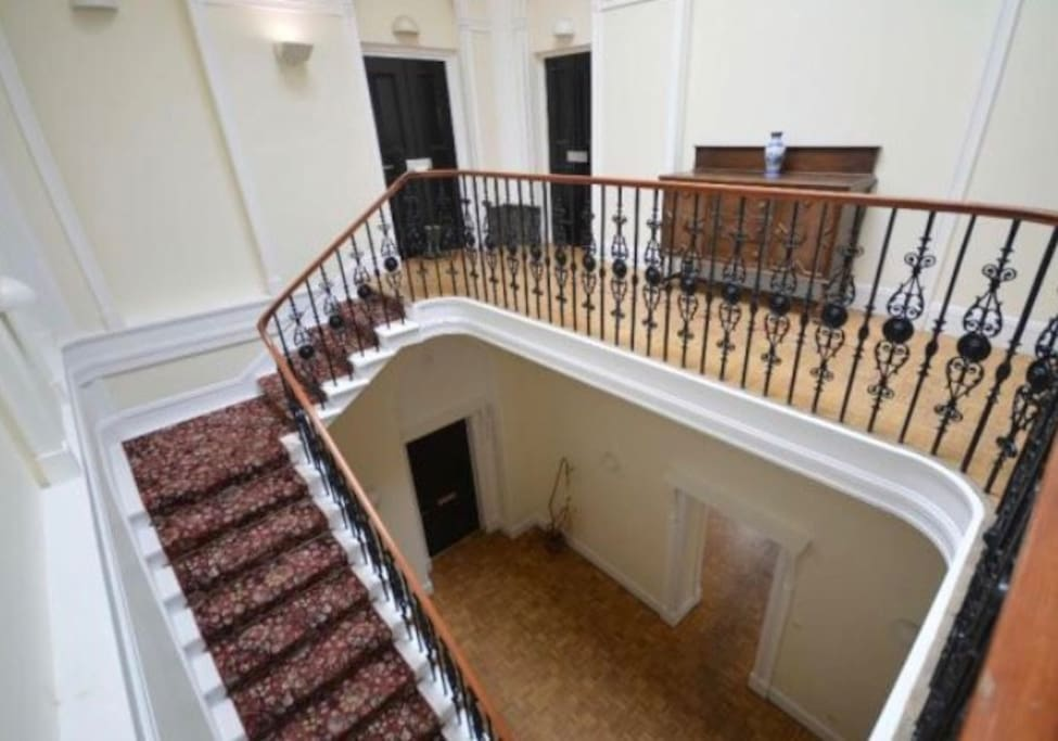 Communal Hall/Stairway