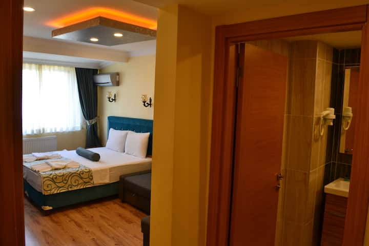 Room with private bathroom in Sultanahmet
