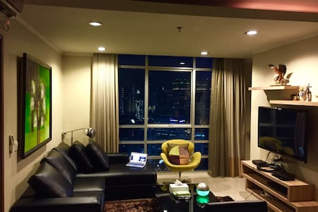 SAHID - Cozy 110sqm+HIGH SPEED WIFI - Jakarta - Wohnung