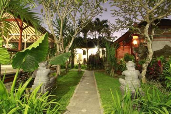 Beauty Room included breakfast- 1/4 Ubud,Bali