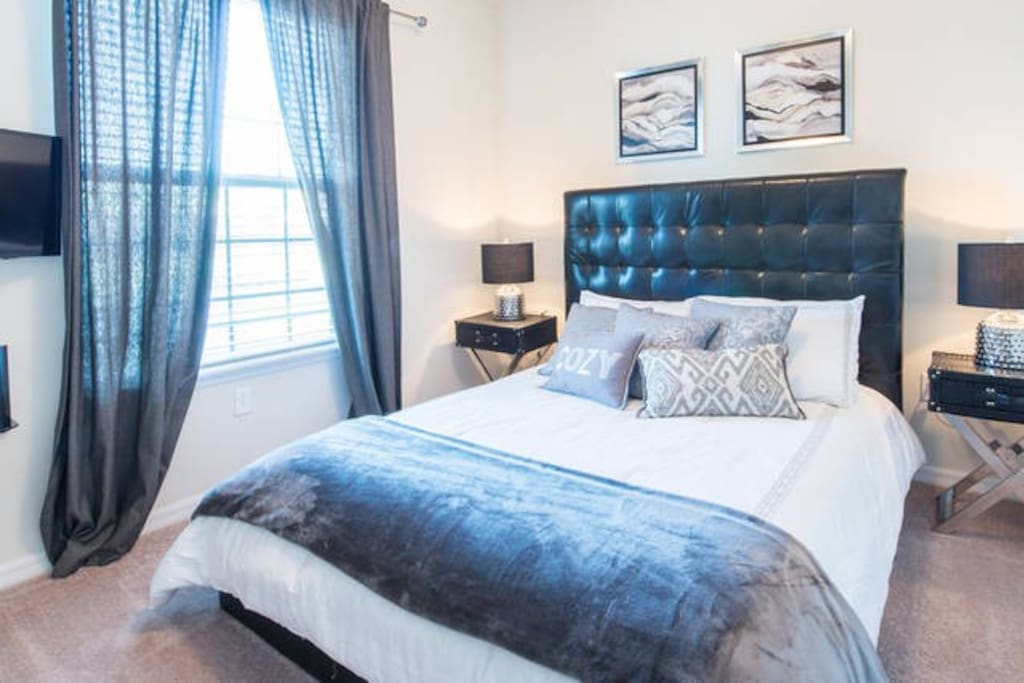 Bedroom 1 (downstairs)