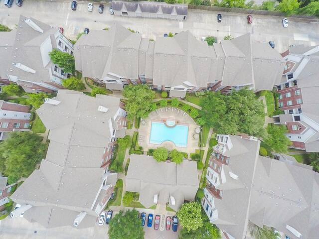 Famous City Plaza One BR Condo perfect location!