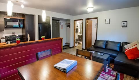 ☆ The FERN ☆ In Town Centrally located Retreat