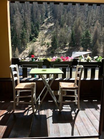 Studio au pied des pistes de ski de la Colmiane
