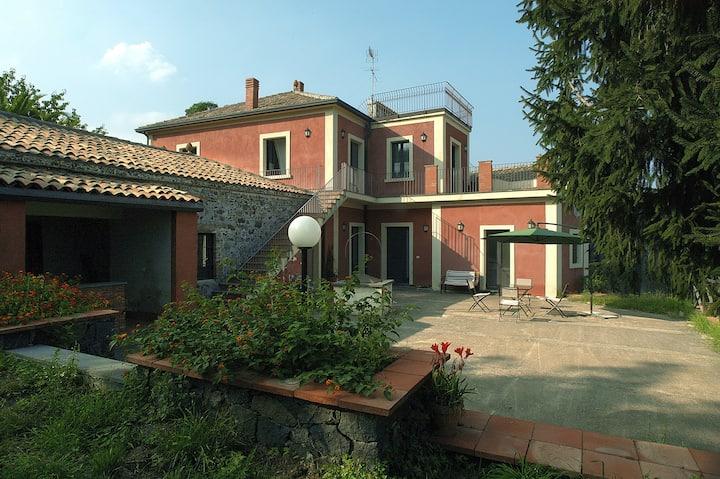 Antica Dimora Benanti - Benanti's Ancient Dwelling