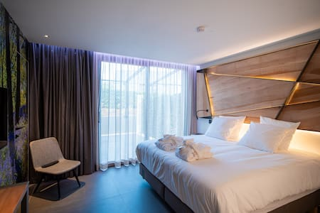 Chambre confort printemps-terrasse, accès wellness